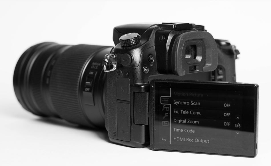 8 Best Mirrorless Camera For Video - Capture Beauty of Nature